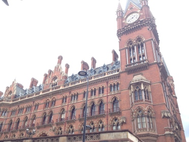 King's Cross/St. Pancras. Goodbye, London!
